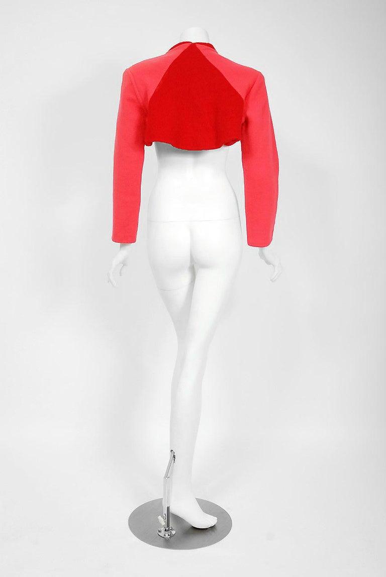 1990 Geoffrey Beene Red & Pink Wool Cropped Zip-Up Street Sportswear Jacket For Sale 2