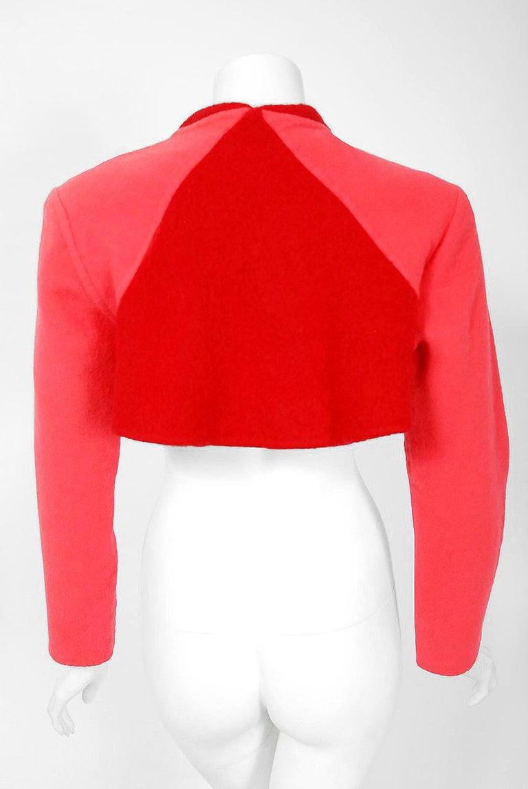 1990 Geoffrey Beene Red & Pink Wool Cropped Zip-Up Street Sportswear Jacket For Sale 3