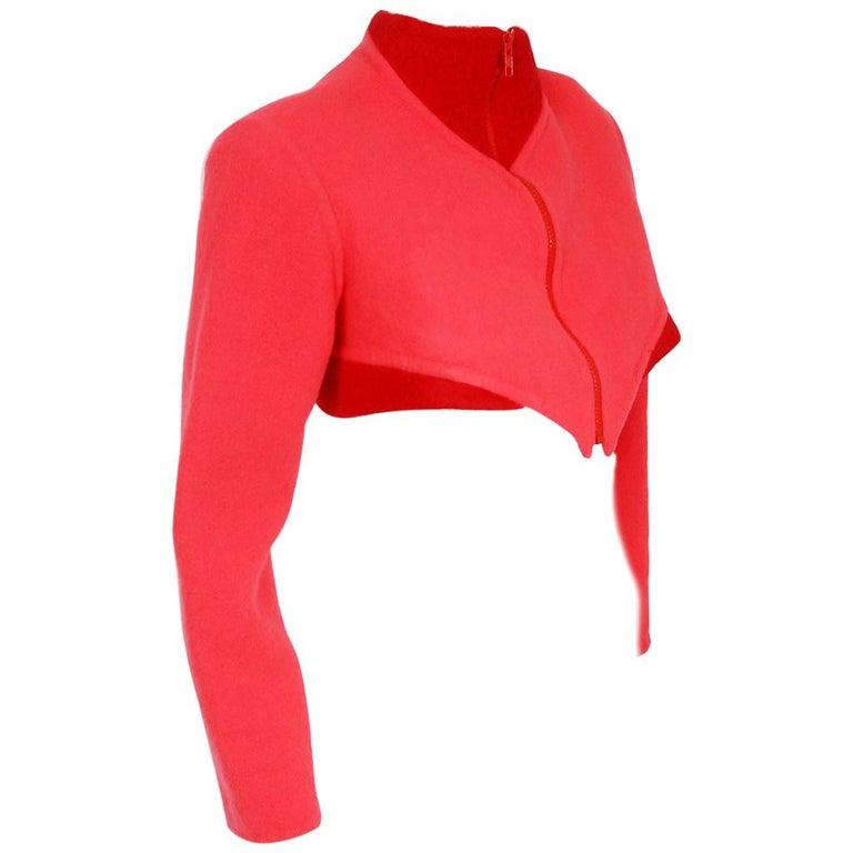 1990 Geoffrey Beene Red & Pink Wool Cropped Zip-Up Street Sportswear Jacket For Sale