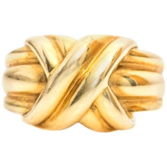 1990 Tiffany & Co. 18 Karat Yellow Gold Knot Ring