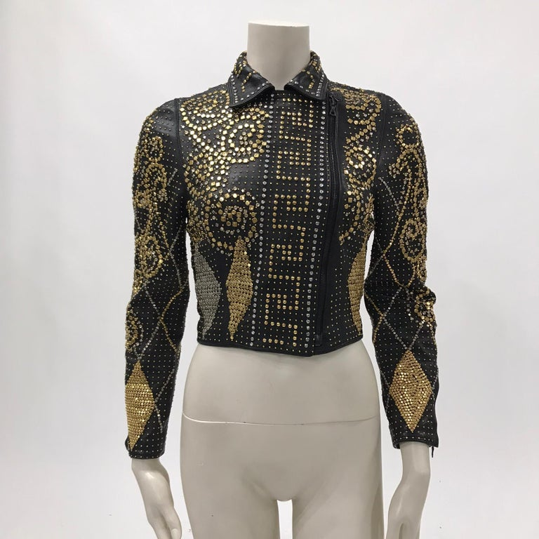 1990S Atelier Versace Black Leather 1991 Cropped Biker Jacket Covered In Gold S In Excellent Condition For Sale In New York, NY