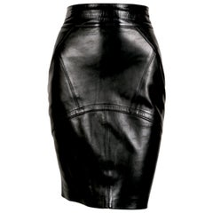 1990's AZZEDINE ALAIA back leather skirt with pleated hemline