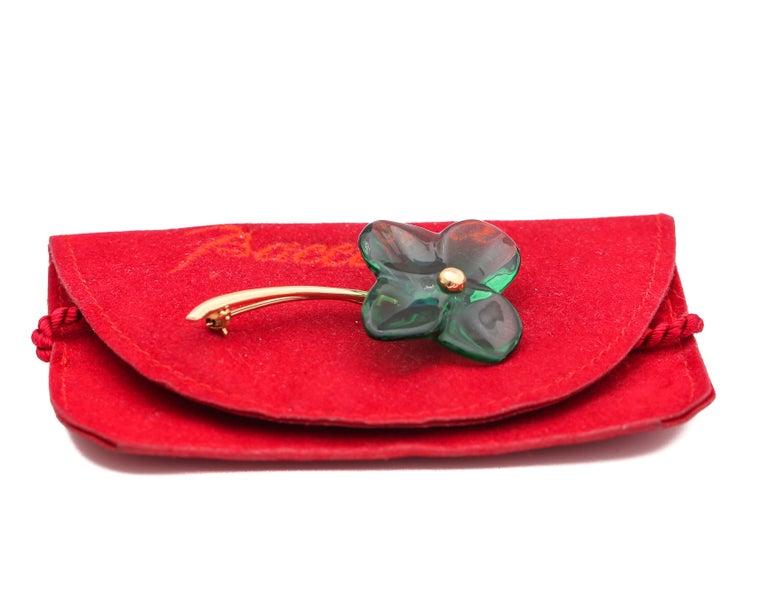Women's or Men's 1990s Baccarat Lapel Pin 18 Karat Yellow Gold For Sale