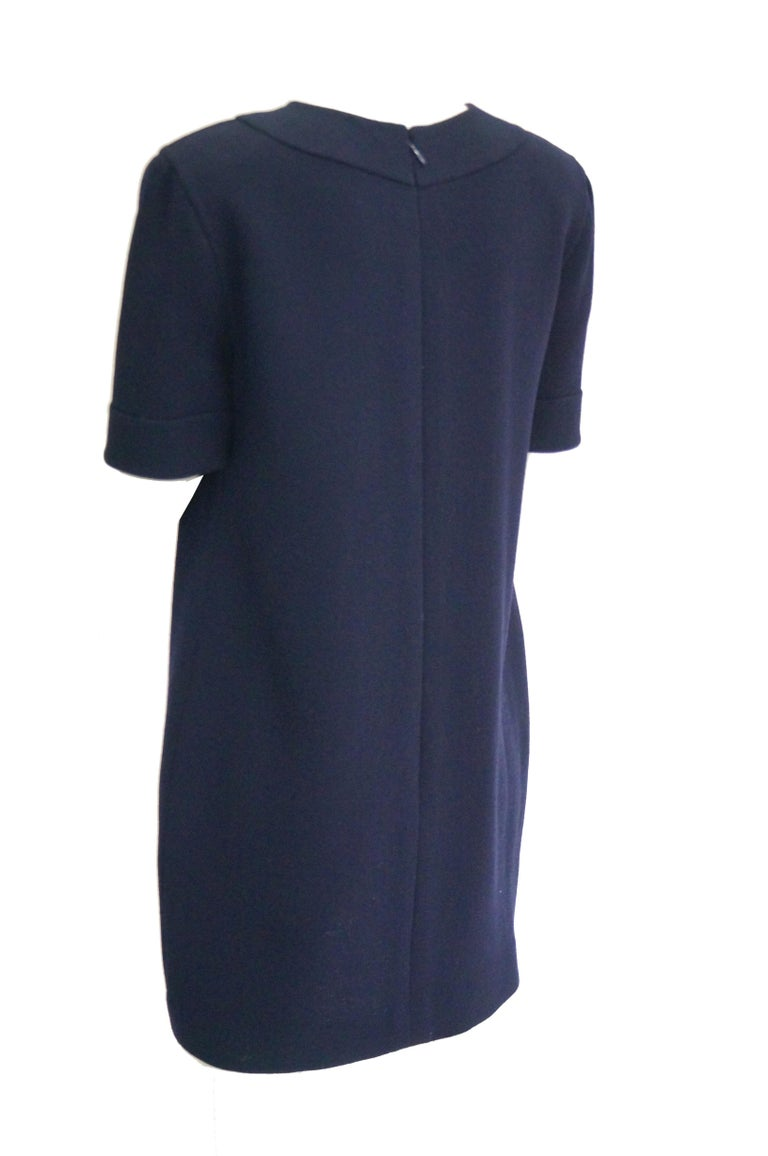 1990s Bill Blass Navy Blue Shift Dress with Curved Neckline Detail For Sale 1