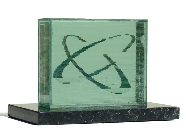 Izumi Oki, 1995  Crystal sculpture Perfect condition.