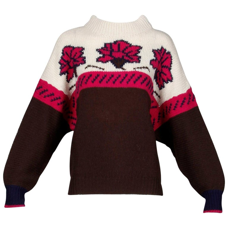 1990s Byblos Vintage 100% Wool Chunky Knit Sweater Top with Flower Design For Sale