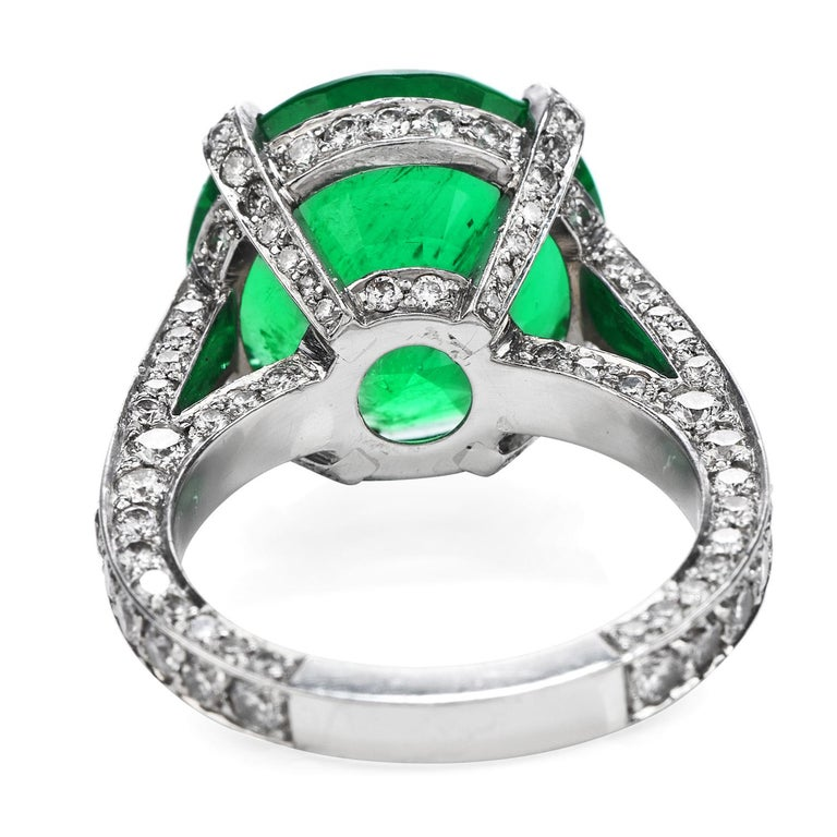 1990s Certified 8.13 Carat Colombian Emerald Diamond Platinum Cocktail Ring In Excellent Condition For Sale In Miami, FL