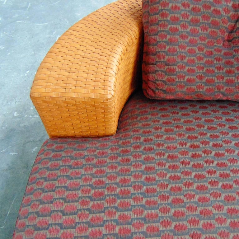 Woven Leather Daybed with Dark Red Cushion by Bonacina, Italy, 1990s For Sale 4