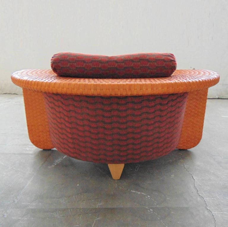 Post-Modern Woven Leather Daybed with Dark Red Cushion by Bonacina, Italy, 1990s For Sale