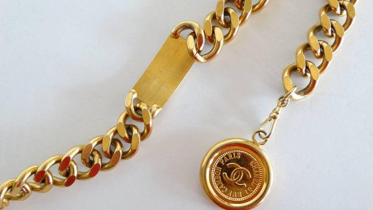 Chanel Chain Link Medallion Belt, 1990s   For Sale 4