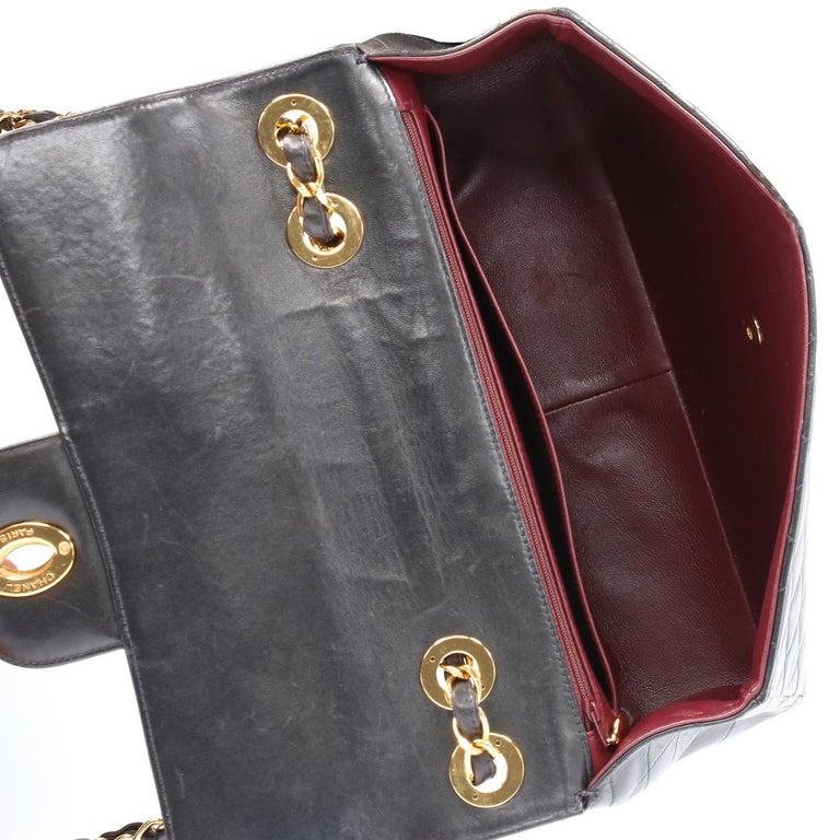 1990s Chanel Jumbo Vintage Bag For Sale 5