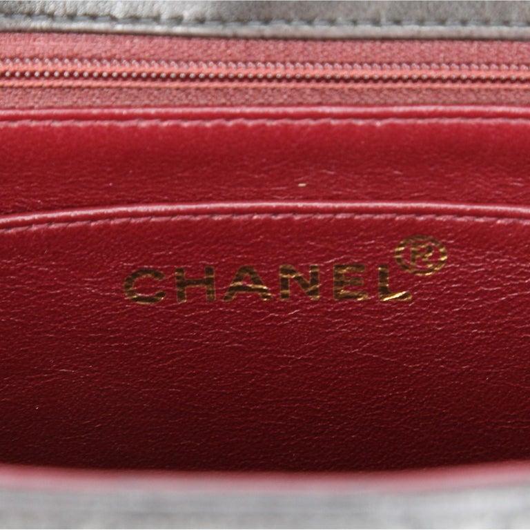 1990s Chanel Jumbo Vintage Bag For Sale 7