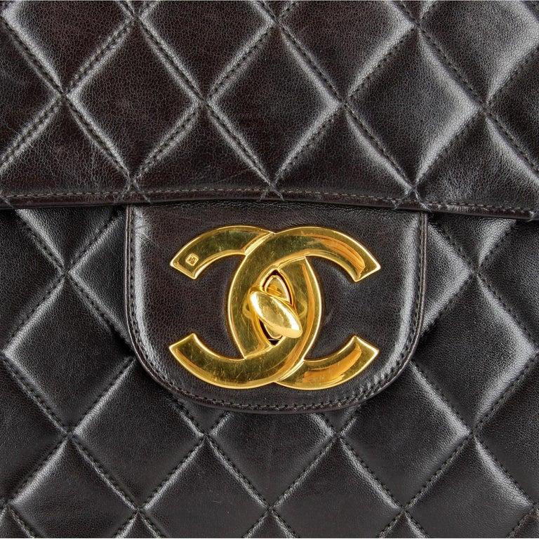 1990s Chanel Jumbo Vintage Bag For Sale 8