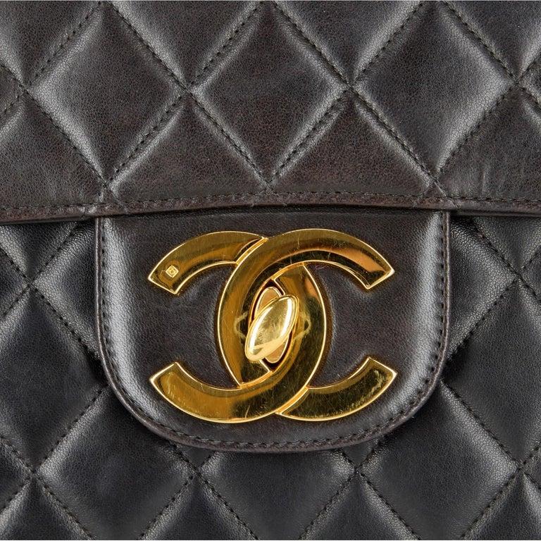1990s Chanel Jumbo Vintage Bag For Sale 9