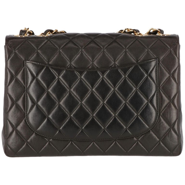 1990s Chanel Jumbo Vintage Bag In Good Condition For Sale In Lugo (RA), IT
