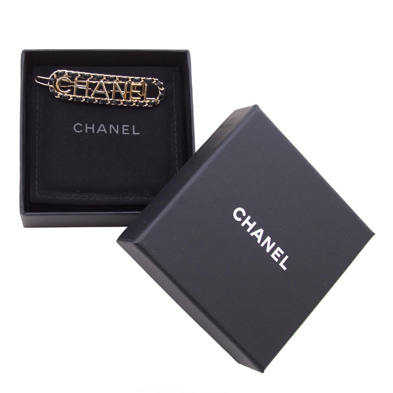 1990s Chanel Silver Metal and Black Leather Hair Barrette In Good Condition For Sale In Toronto, Ontario