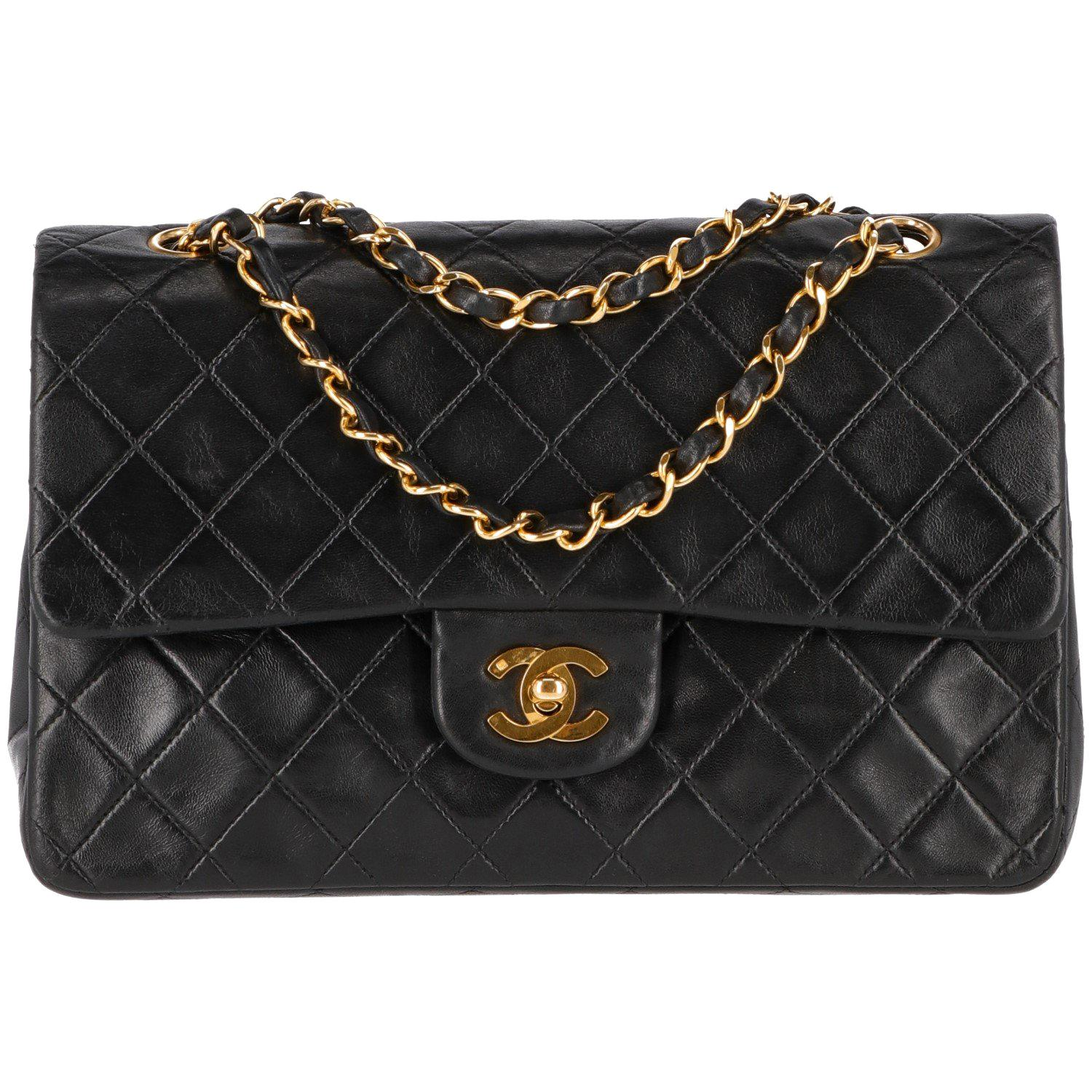 82a8d5825cfc Chanel 2.55 Bags - 127 For Sale on 1stdibs