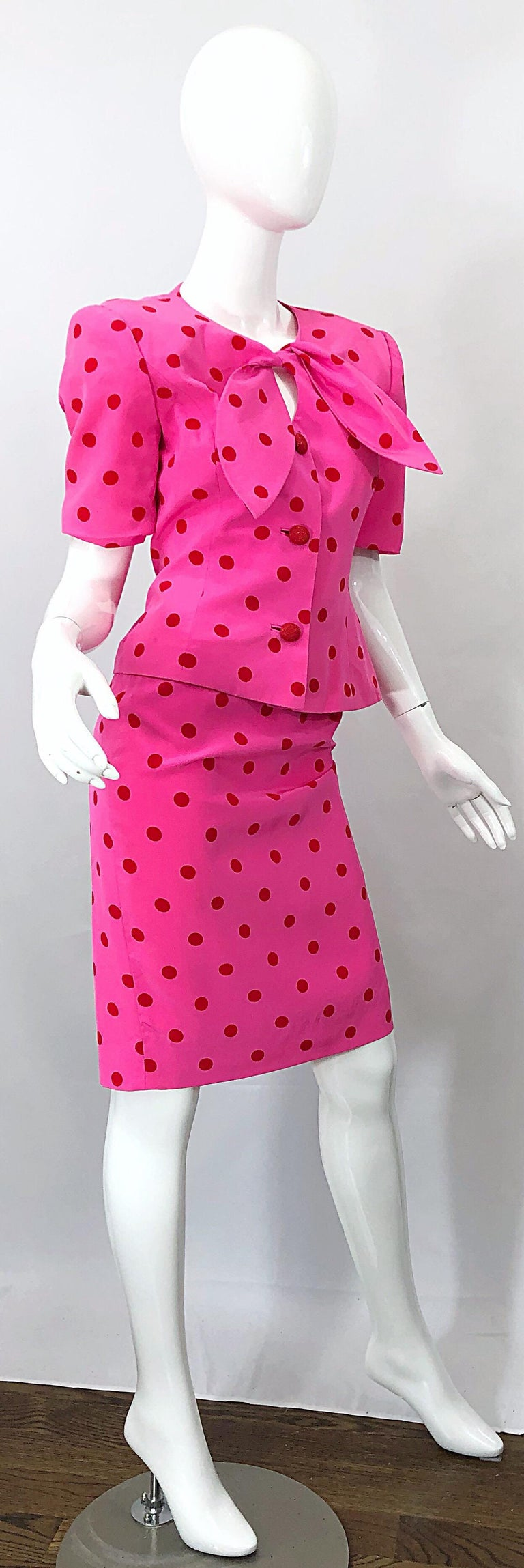 1990s David Hayes for Saks 5th Avenue Hot Pink Red Polka Dot Vintage Skirt Suit For Sale 7