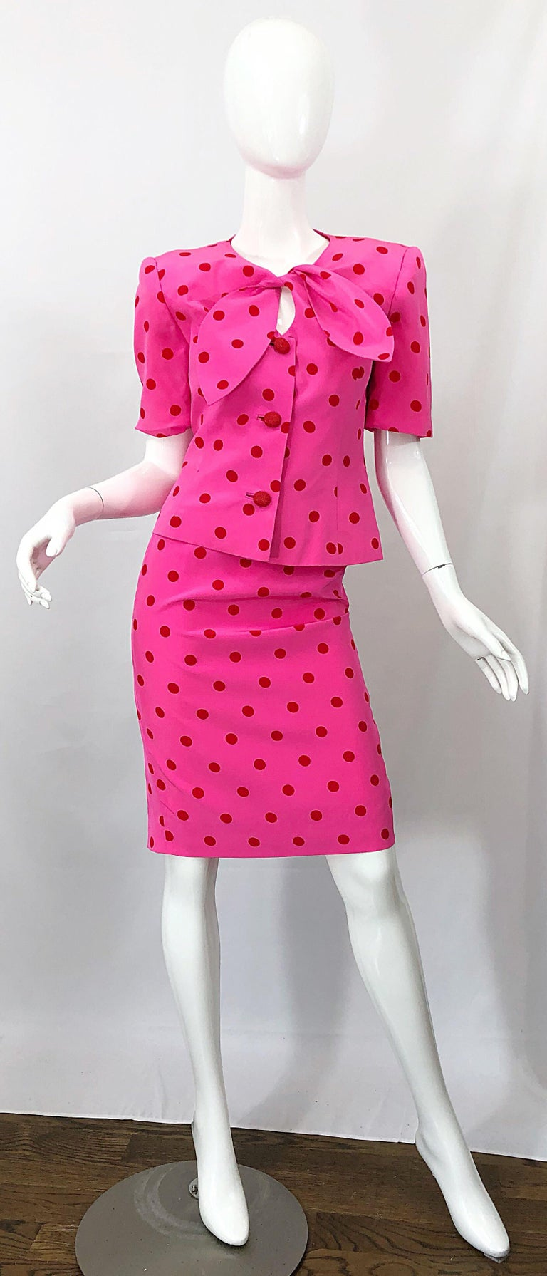 1990s David Hayes for Saks 5th Avenue Hot Pink Red Polka Dot Vintage Skirt Suit For Sale 9