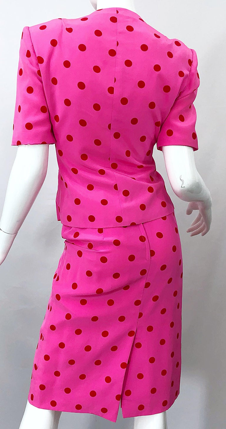 1990s David Hayes for Saks 5th Avenue Hot Pink Red Polka Dot Vintage Skirt Suit For Sale 3