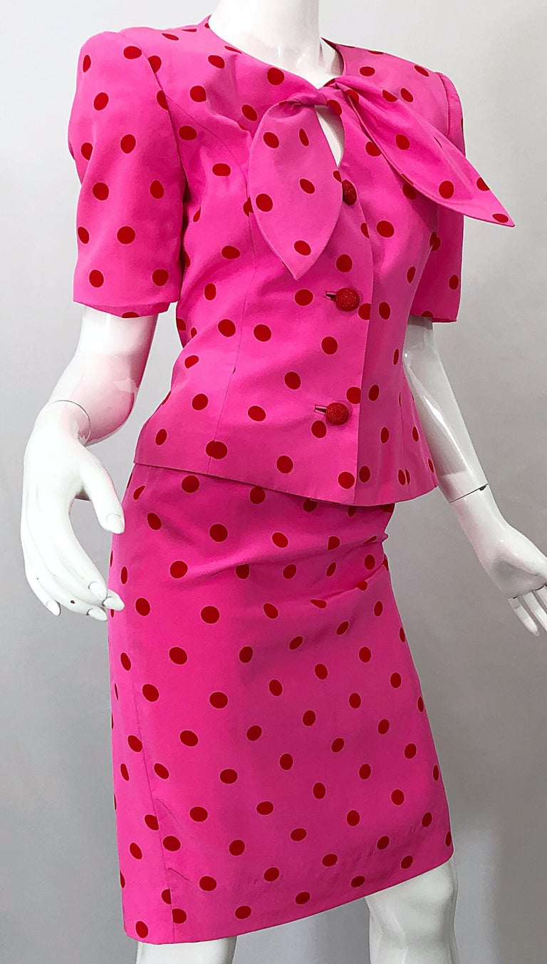 1990s David Hayes for Saks 5th Avenue Hot Pink Red Polka Dot Vintage Skirt Suit For Sale 4
