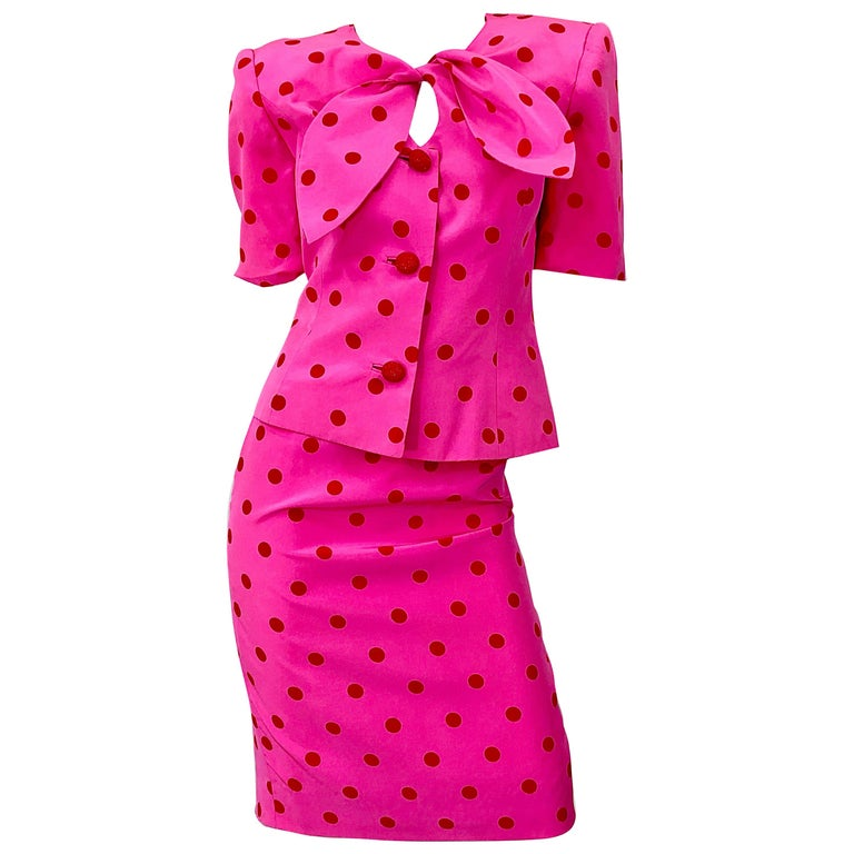 1990s David Hayes for Saks 5th Avenue Hot Pink Red Polka Dot Vintage Skirt Suit For Sale