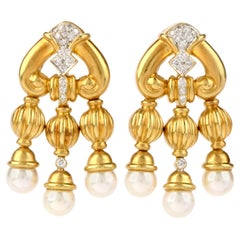 1990s Diamond Pearl 18 Karat Gold Chandelier Drop Earrings