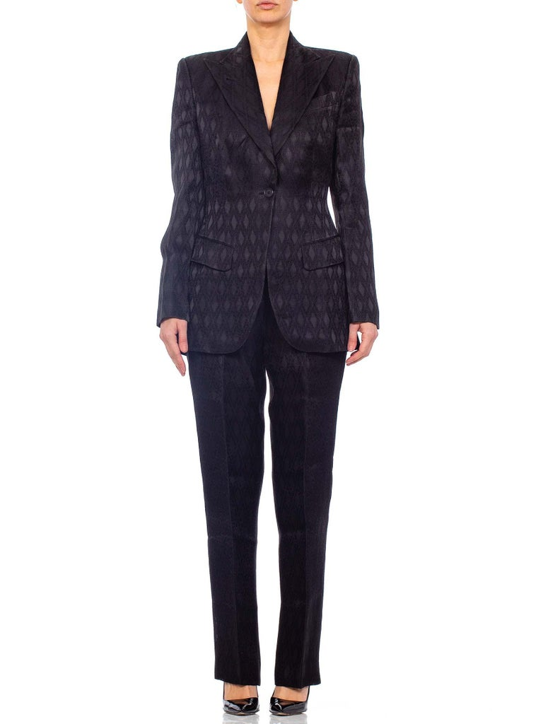 1990'S RICHARD TYLER Black Silk Couture Peak Lapel Pant Suit In Excellent Condition For Sale In New York, NY
