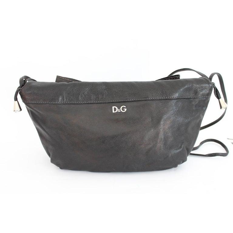 Women's 1990s Dolce & Gabbana Maika Black Leather Bow Shoulder Bag For Sale