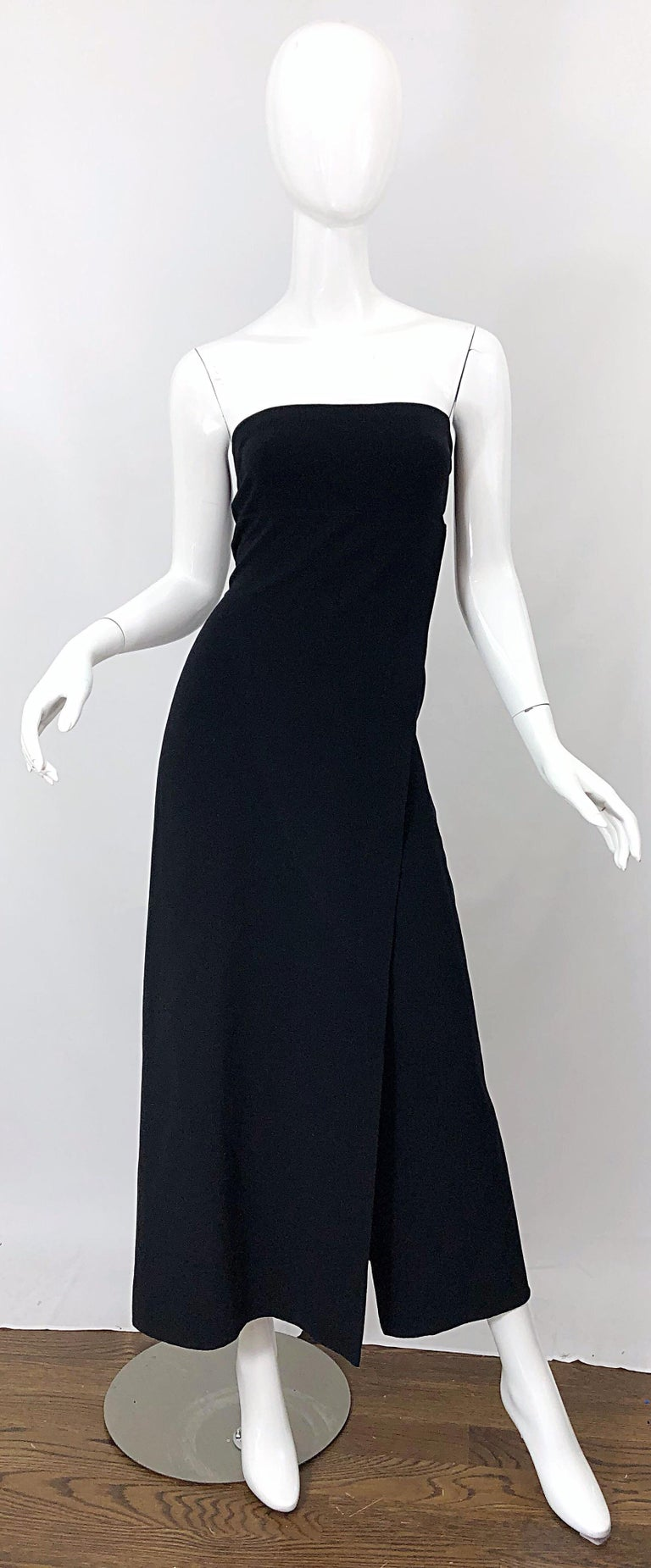 Elegant 1990s DONNA KARAN NEW YORK black strapless vintage wool gown! Features a soft wool blend (96%), with just the right amount of spandex (4%) to comfortably stretch to fit. The criss-cross slit at the center hem almost gives off the illusion of