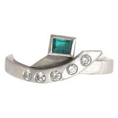 1990s Emerald Diamond Platinum Cocktail Ring