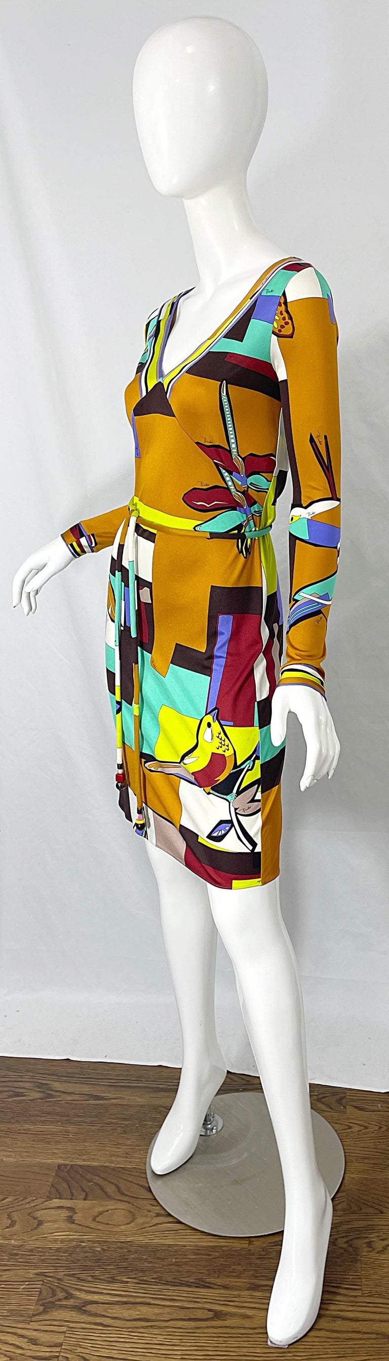 1990s Emilio Pucci Size 4 / 6 Novelty Bird Butterfly Print Silk Vintage Dress For Sale 2