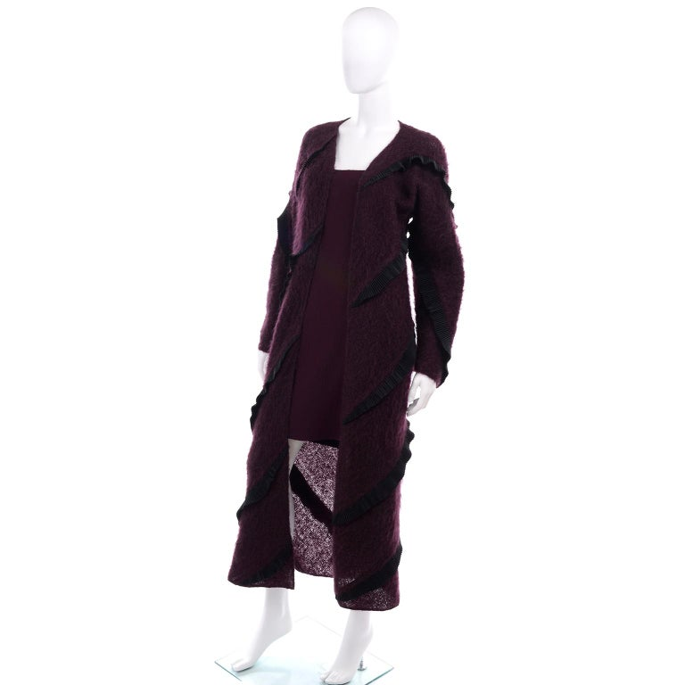 1990s Geoffrey Beene Vintage Burgundy Alpaca Coat W Matching Strapless Dress In Excellent Condition For Sale In Portland, OR