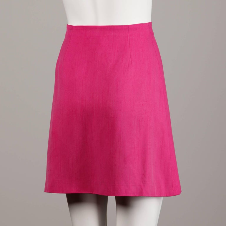 1990s Gianni Versace Couture Vintage Hot Pink Silk Mini Skirt / Medusa Buttons In Excellent Condition In Sparks, NV