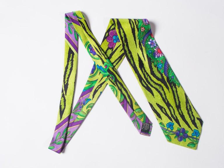 1990s Gianni Versace Lime Zebra Tiger Mens Silk Tie For Sale 1