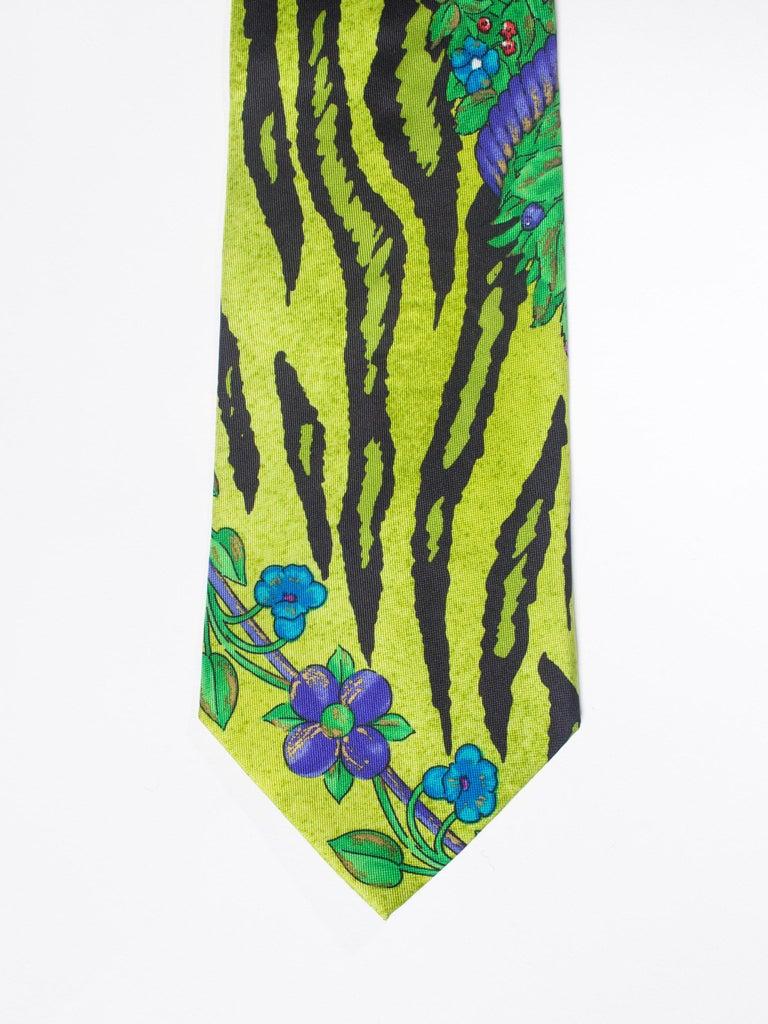 1990s Gianni Versace Lime Zebra Tiger Mens Silk Tie For Sale 2