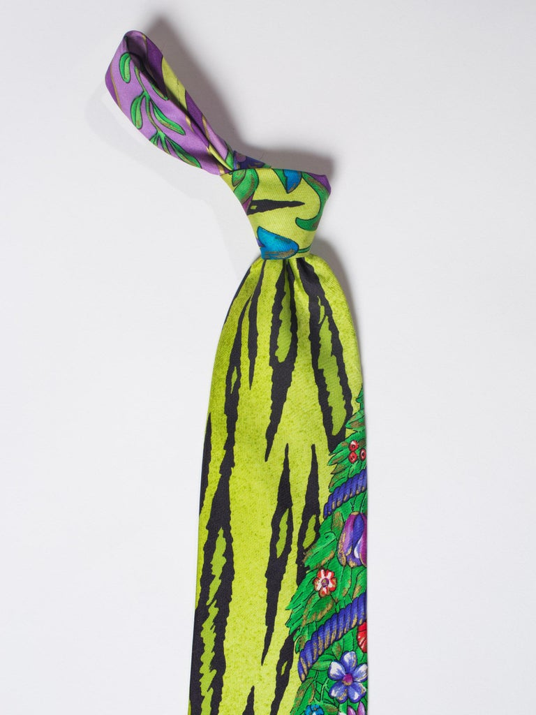 1990s Gianni Versace Lime Zebra Tiger Mens Silk Tie For Sale 3