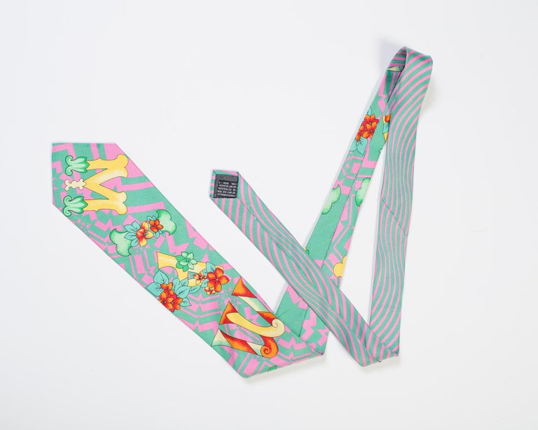 1990s Gianni Versace Miami Geometrical Tie With Flowers  For Sale 1