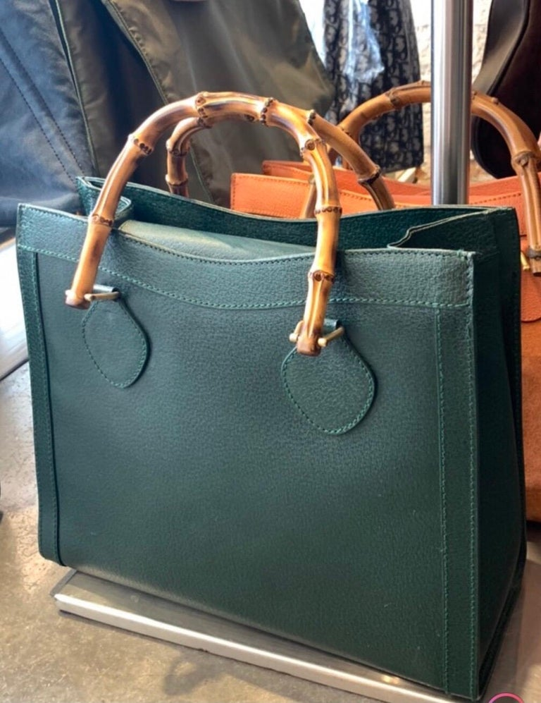 1990s GUCCI Green Leather Bamboo Tote Princess Diana Tote 8