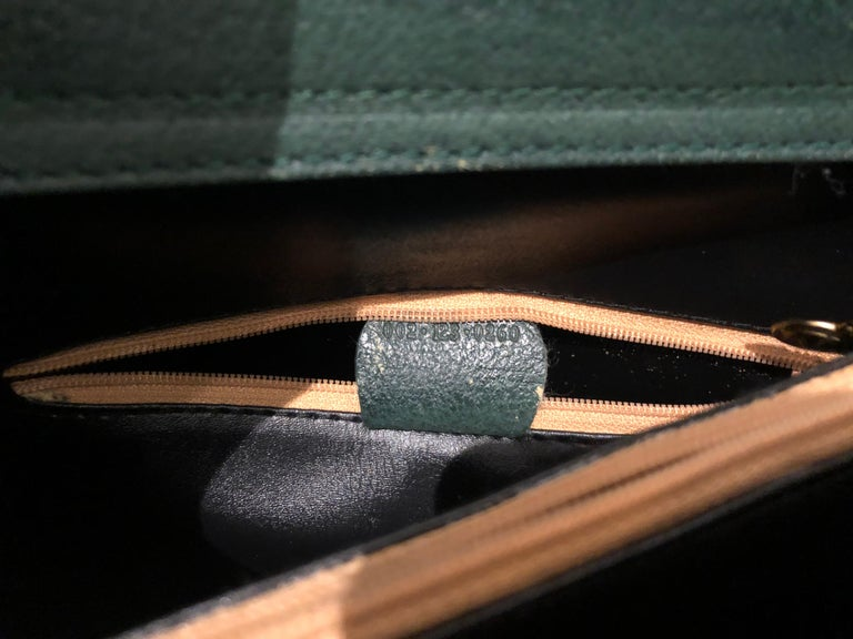1990s GUCCI Green Leather Bamboo Tote Princess Diana Tote In Good Condition In Bangkok, TH