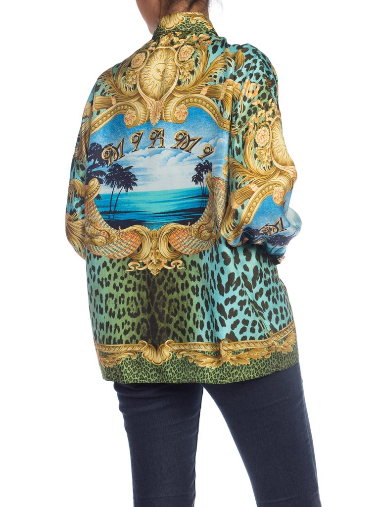 1990S GIANNI VERSACE Printed Silk Iconic Leopard Miami  Shirt Sz 40 In Excellent Condition In New York, NY