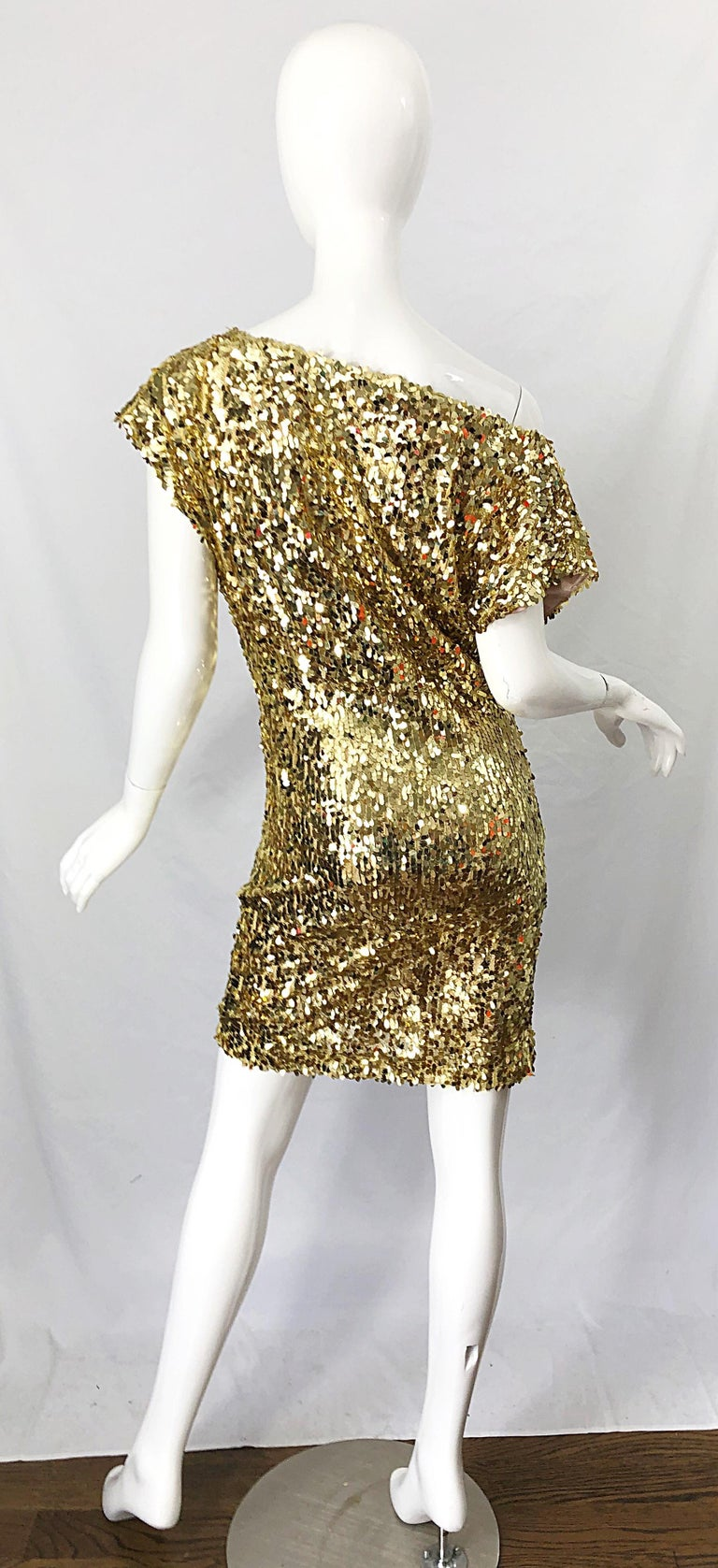 1990s Italian Gold Sequined Off the Shoulder Sexy Vintage 90s Dress For Sale 9