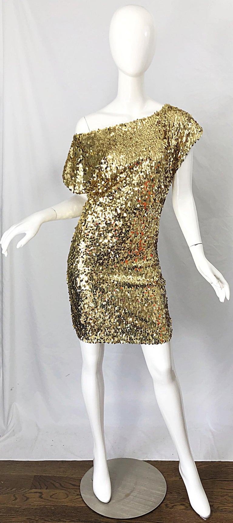 1990s Italian Gold Sequined Off the Shoulder Sexy Vintage 90s Dress For Sale 10