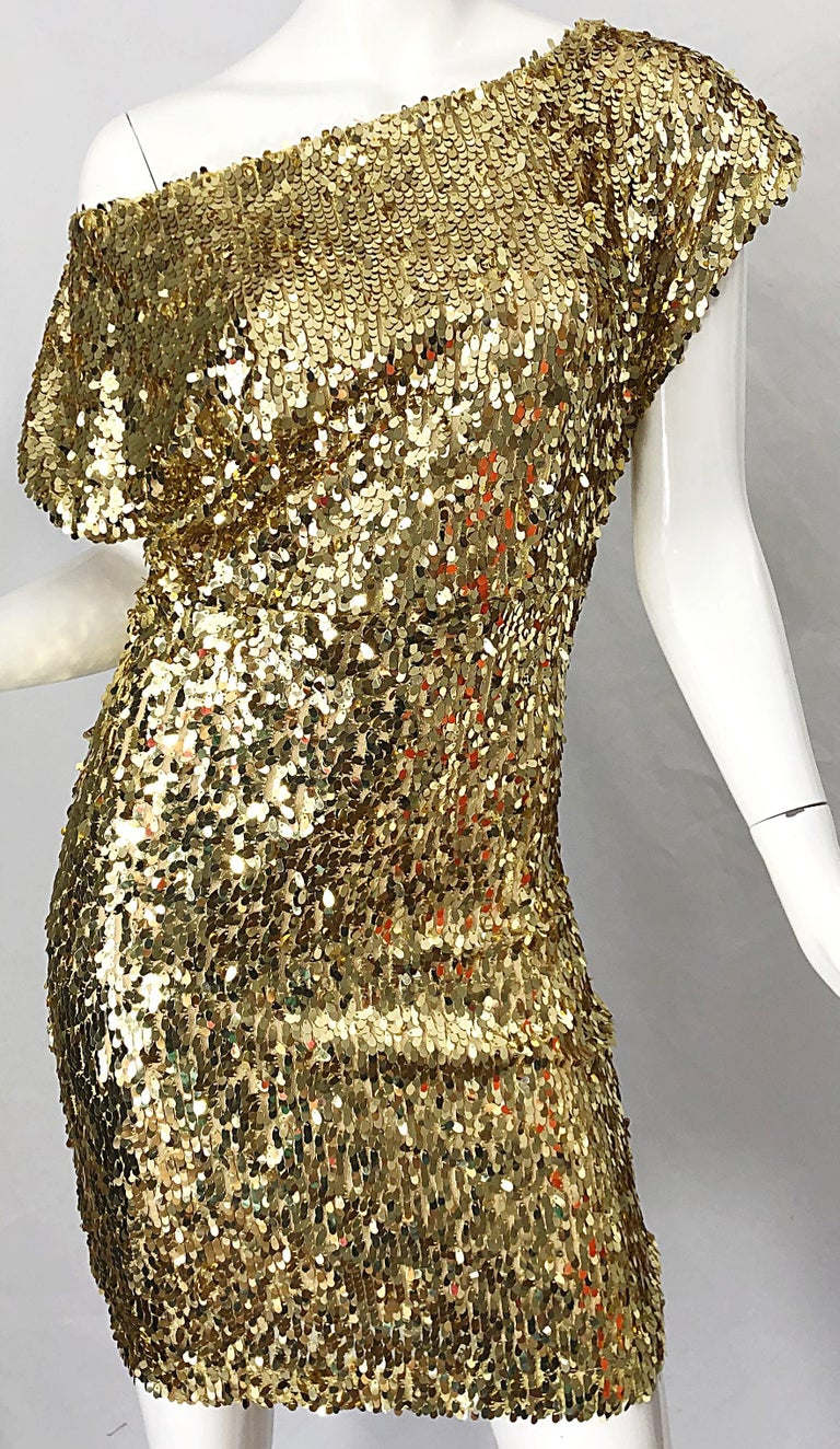 1990s Italian Gold Sequined Off the Shoulder Sexy Vintage 90s Dress For Sale 4