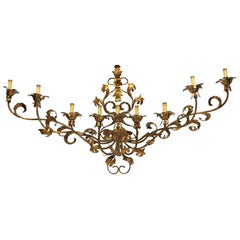 1990s Italian Wide Gold Sconce Floral Leaf Design with 9-Light