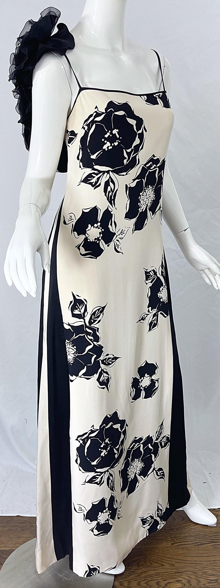 1990s James Galanos Black and White Rosette Sleeve Vintage 90s Silk Gown Dress For Sale 6
