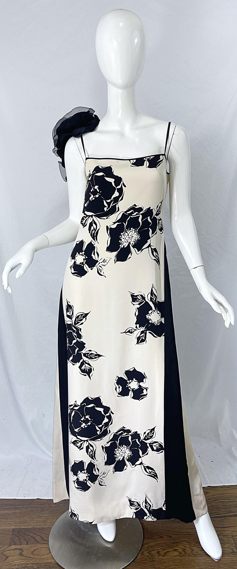 1990s James Galanos Black and White Rosette Sleeve Vintage 90s Silk Gown Dress For Sale 10