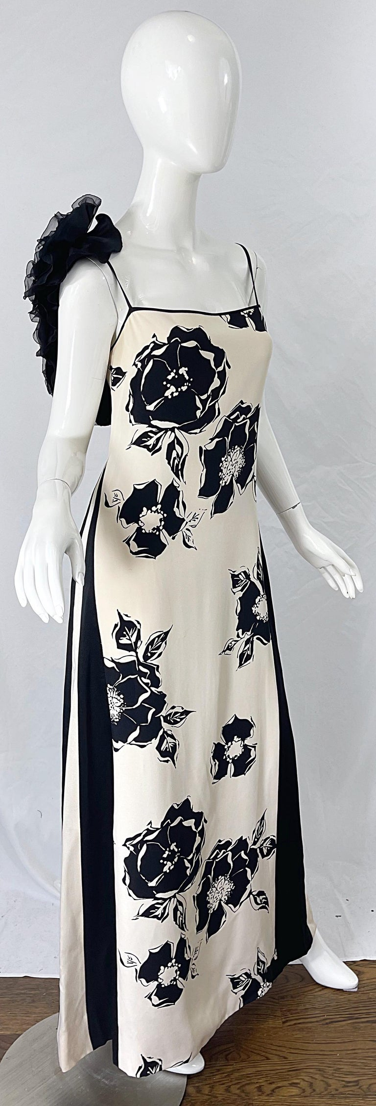1990s James Galanos Black and White Rosette Sleeve Vintage 90s Silk Gown Dress For Sale 1