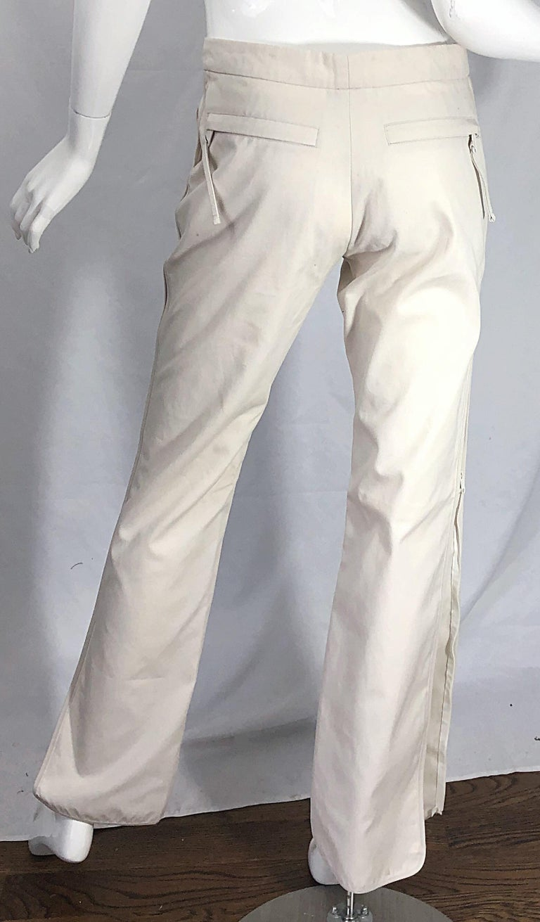 1990s Katayone Adeli Size 6 Zipper Leg Low Rise Stone Khaki Trousers Pants  In Excellent Condition For Sale In Chicago, IL
