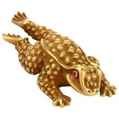 1990s Kieselstein-Cord 18 Karat Green Gold Frog Clip Pin Brooch
